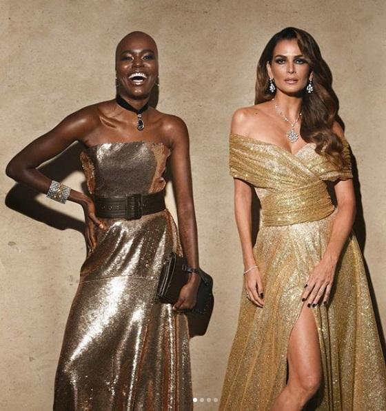 post 38 - dourado no baile da Vogue - Camila Simões e Fernanda Motta
