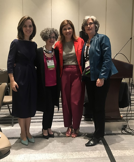 Aysha, Carol Davidson, eu e Dominique Isbecque